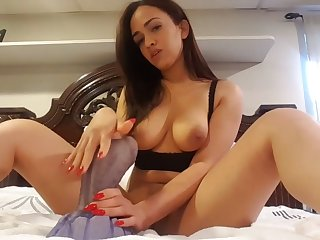 thick wifey riding dragon dildo