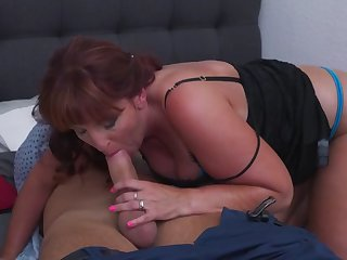 hungry mommy gets hard fuck from son