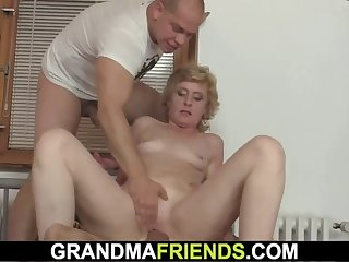delivery guys share small-titted blonde woman