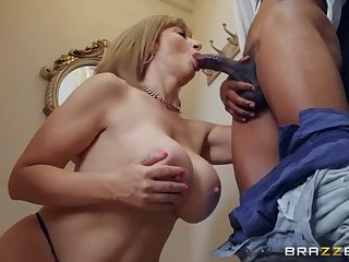 lil d's hard d filled up sara jay's hungry puss
