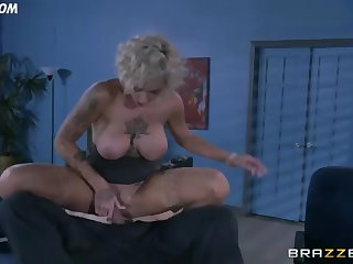 harlow rides her boss in the office